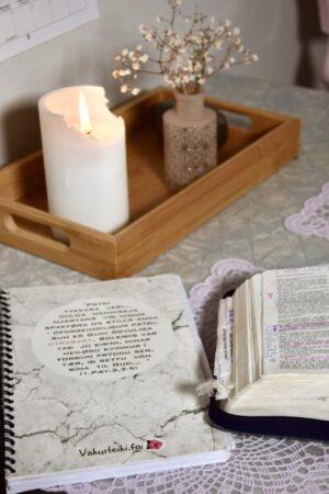Bøkur og pennar